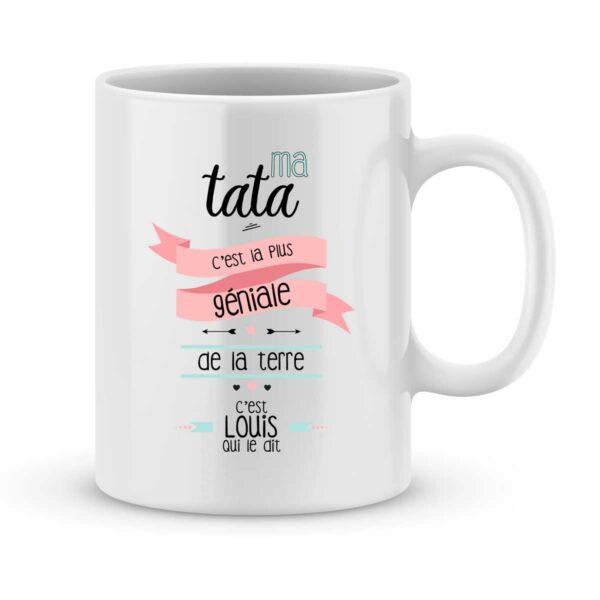 Mug personnalisé avec un prénom tata est géniale