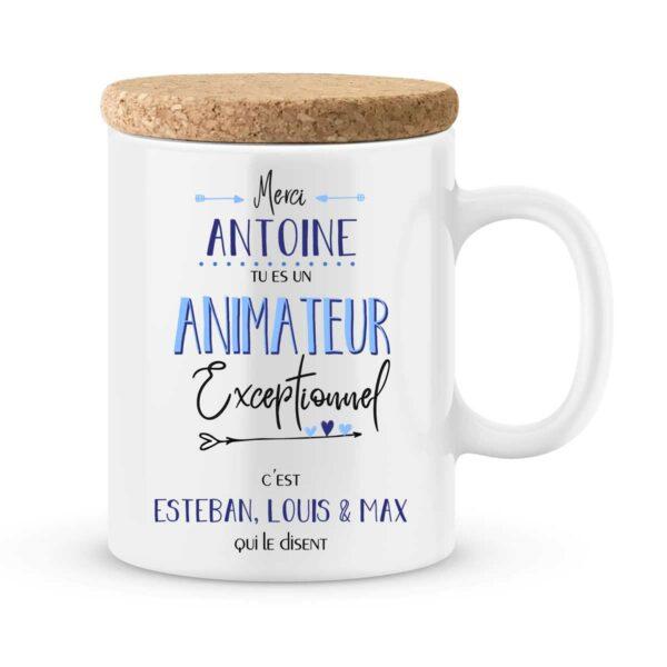 Cadeau animateur. Mug personnalisé avec prénoms un animateur exceptionnel